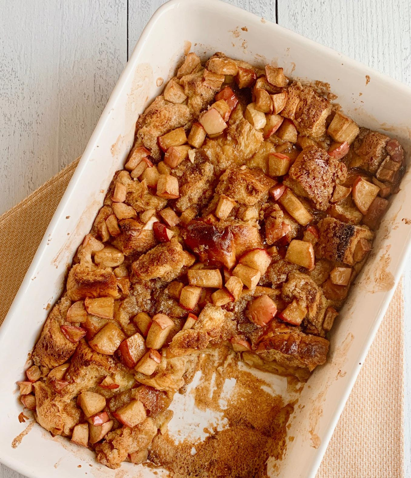 Cinnamon Apple French Toast Bake